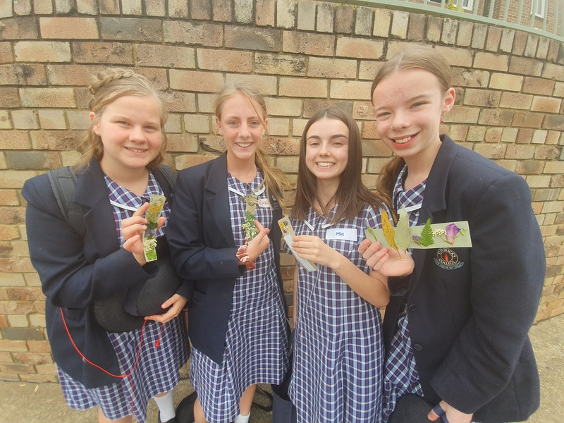 Year 7 Students with their bookmarks